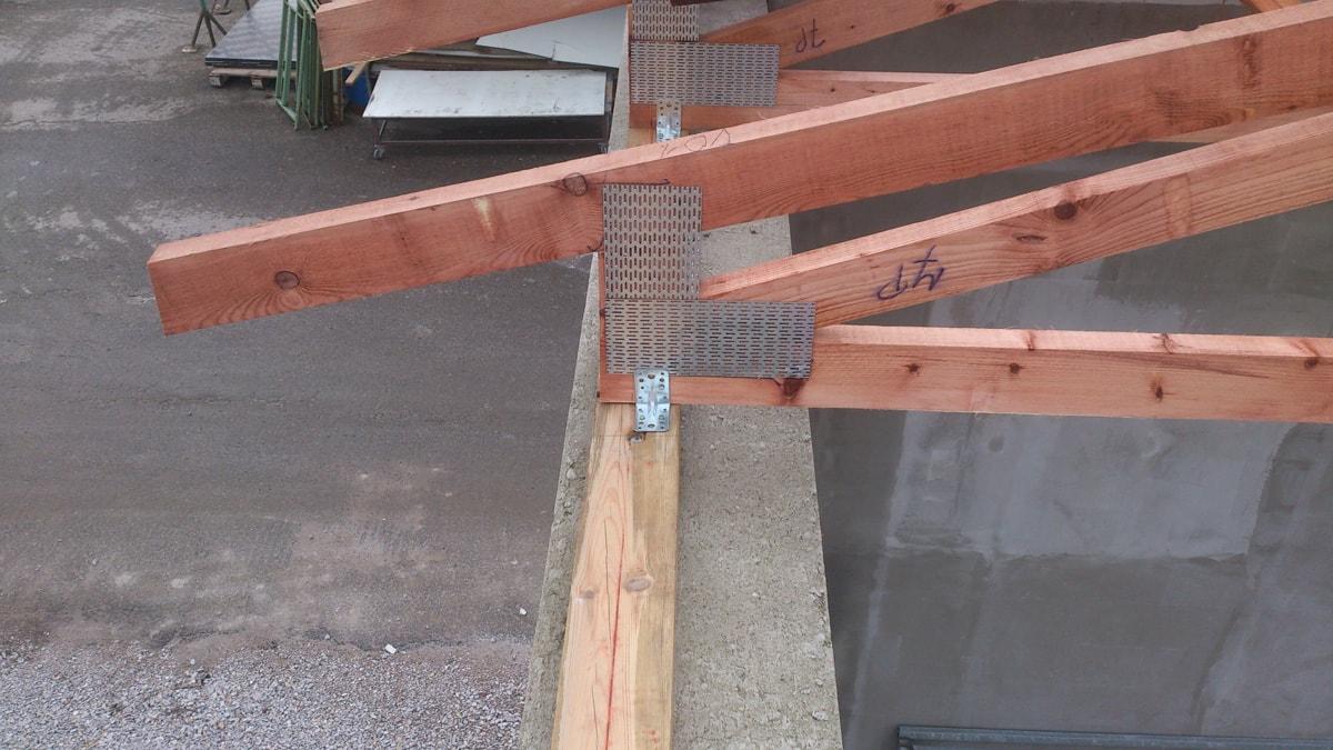 Skuhrov bois originale akce s dřevěné vazníky_0169